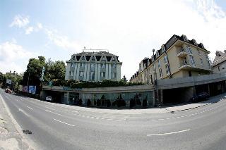 Bara in Budapest, Hungary