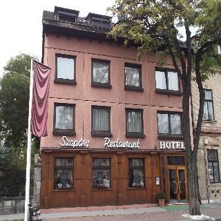 Gloria Budapest City Center