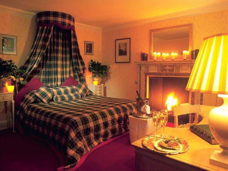 Roman Camp Hotel