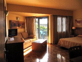 Apartamentos Pepita Alay