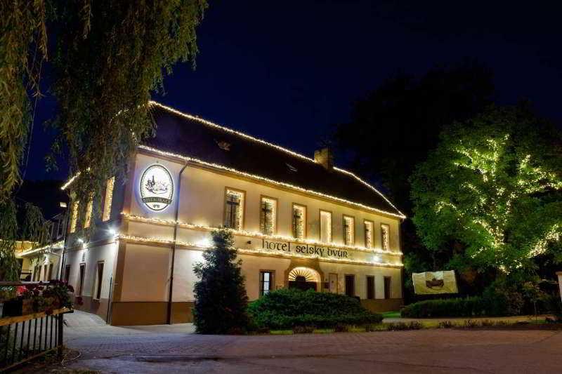 Selsky Dvur Sivek Hotels