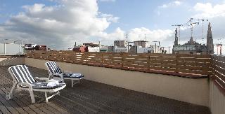 Ofertas hoteles en sagrada familia barcelona para el for Hoteles en barcelona centro para familias