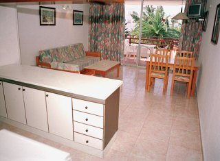 Lido - hoteles en Ibiza/ Playa d'en Bossa