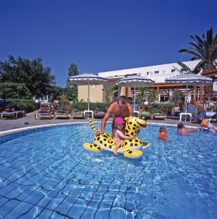 Book rooms at the Sun Palace in Rhodes  Greece online