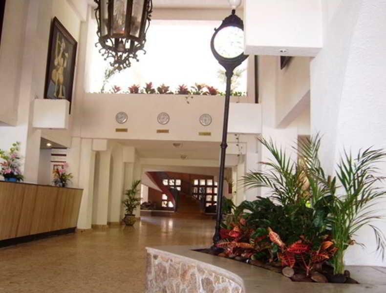 Viajes Ibiza - Caleta Acapulco