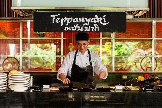 Photo Holiday Inn Silom 3