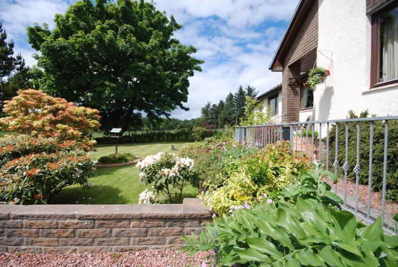Hawthorn Cottages