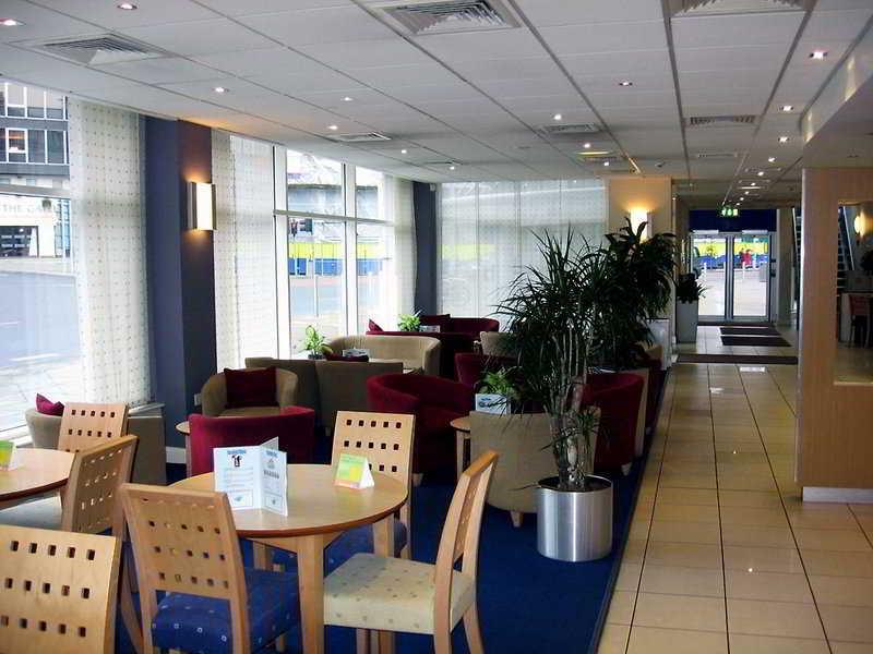 Premier Inn Nottingham City Centre (Chapel Bar)