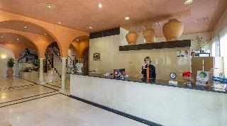 hotel MS Fuente Las Piedras en la población de Cabra