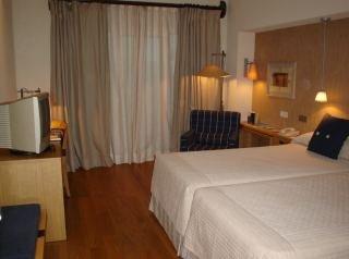 Hotel NH Alanda