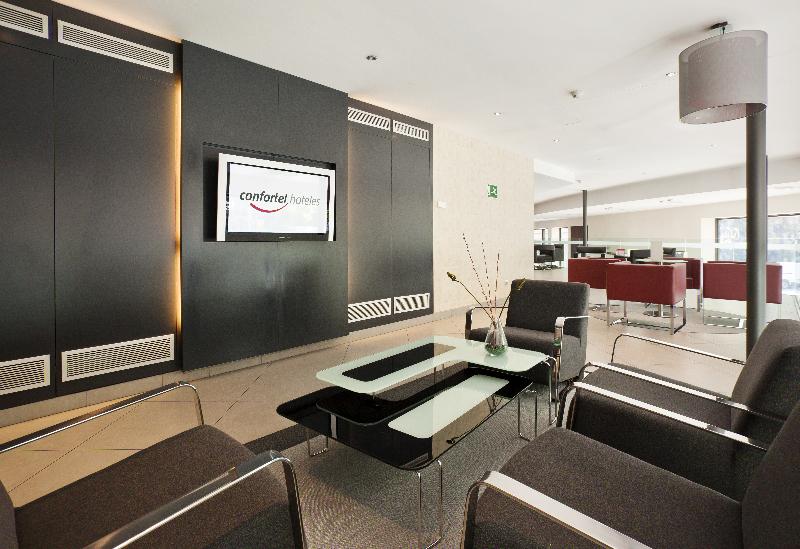 Hotel ilunion auditori en barcelona desde 49 rumbo - Hotel confortel auditori ...