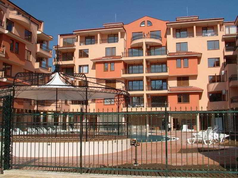 Sunny Day EFIR Apartments