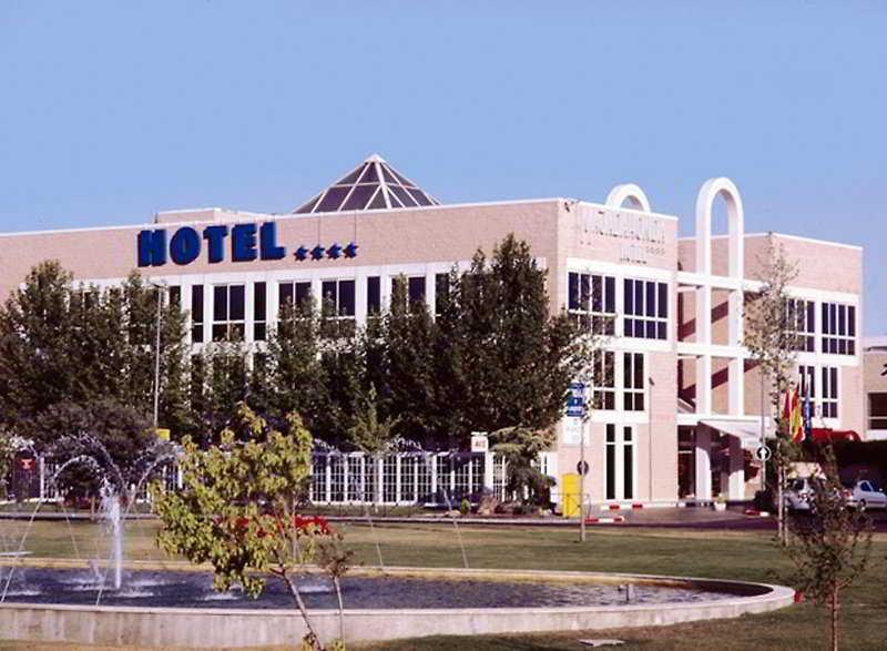 Ofertas de hoteles en majadahonda espa a viajes el corte for Hoteles recomendados en madrid