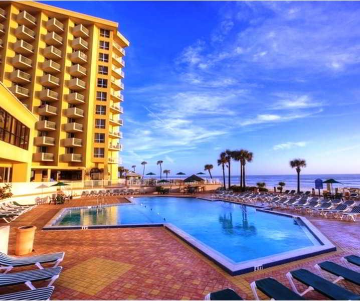 North Daytona Beach Hotels: Ocean Breeze Club Hotel Of Daytona Beach