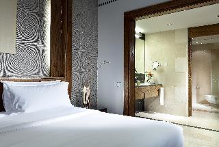 Sheraton Madrid Mirasierra Suites