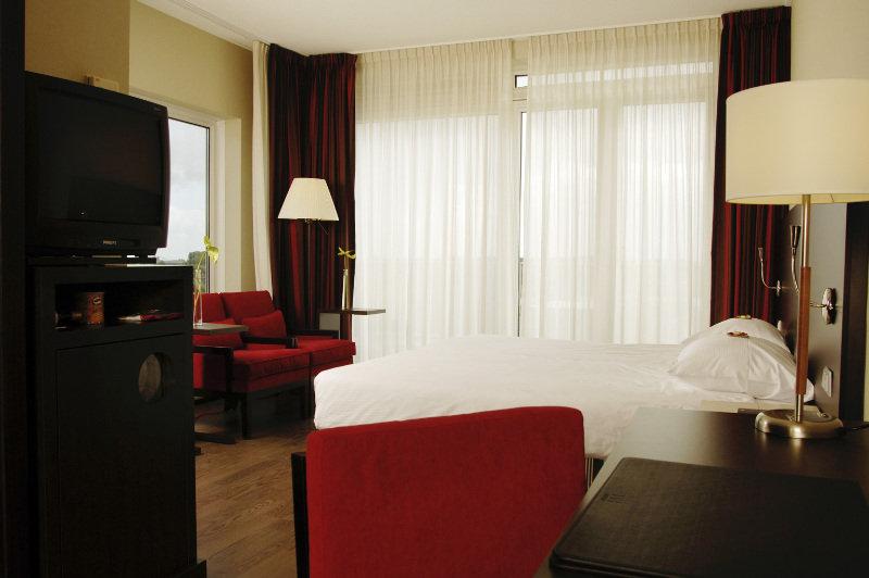 Viajes Ibiza - NH Arnhem Rijnhotel