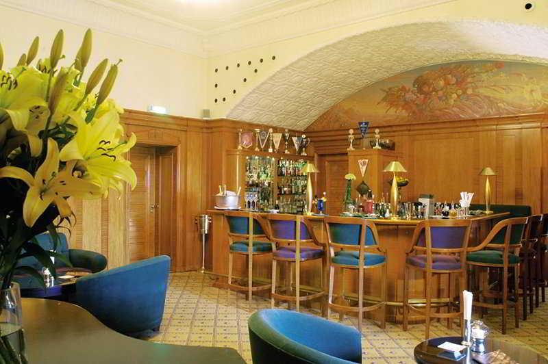 Schlosshotel Buehlerhoehe -