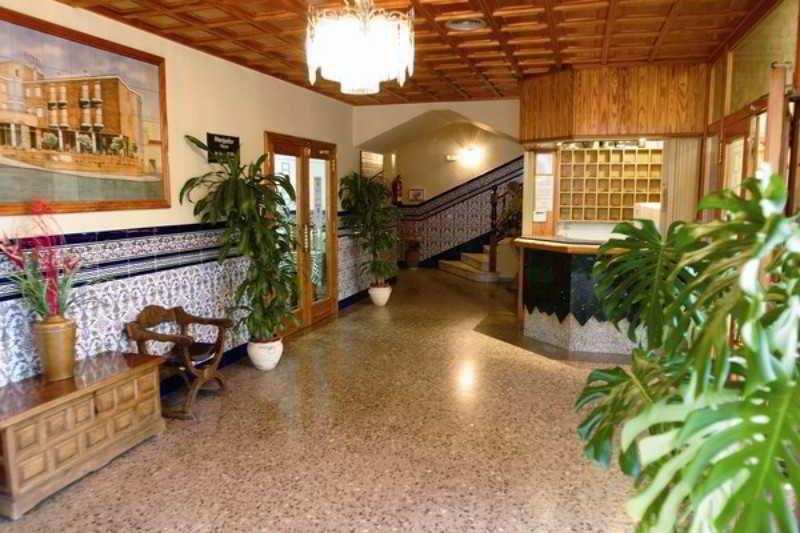 http://www.hotelbeds.com/giata/05/058294/058294a_hb_l_001.jpg