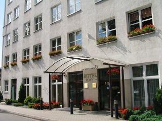 http://www.hotelbeds.com/giata/06/060885/060885_hb_a_003.jpg