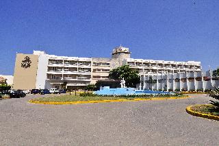 http://www.hotelbeds.com/giata/06/063181/063181a_hb_a_001.jpg
