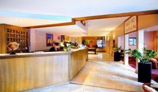 http://www.hotelbeds.com/giata/06/065162/065162a_hb_a_001.jpg