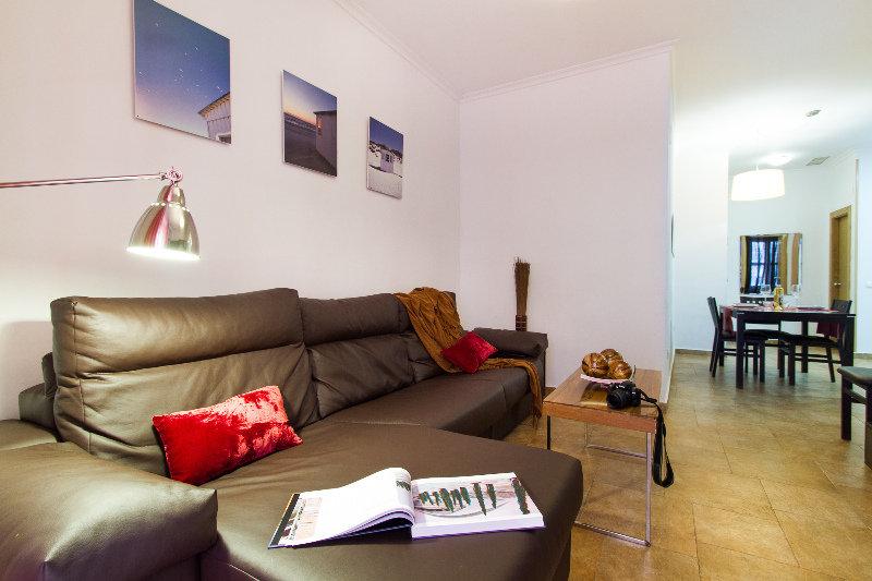 Apartamentos Living Valencia Apartments-edificio Merced thumb-2