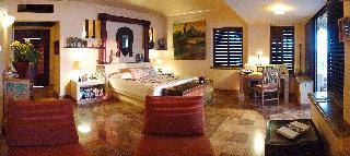 Viajes Ibiza - La Casa Que Canta