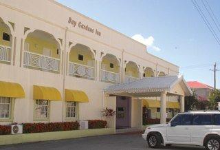 Hotel Bay Gardens Inn