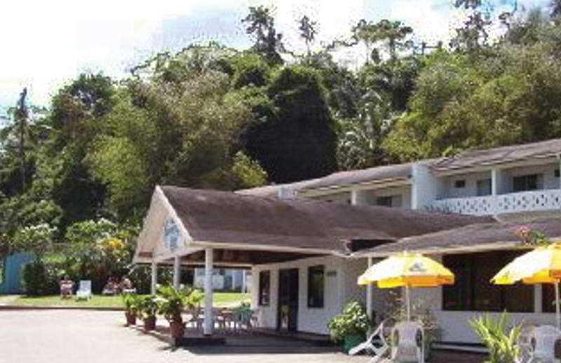HotelMaracas Bay