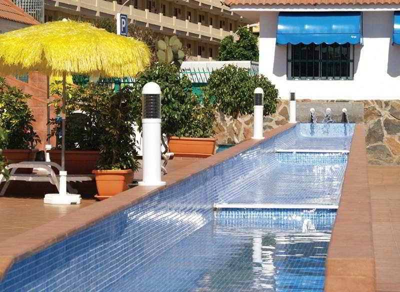 Hotel bungalows parque sol en playa del ingles gran for Bungalows jardin del sol playa del ingles