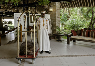 Leopard Beach Resort And Spa:  Lobby: .kenya kenya hotels & resorts ukunda