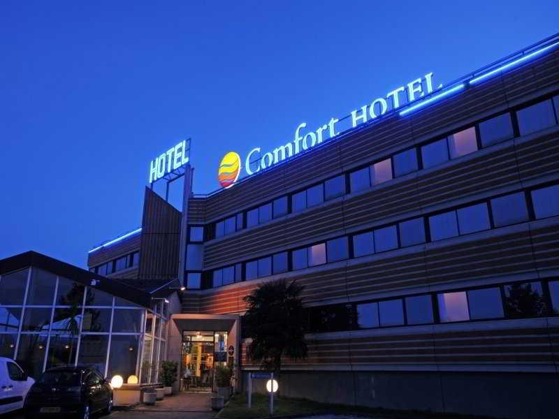 http://www.hotelbeds.com/giata/07/074005/074005a_hb_a_001.jpg
