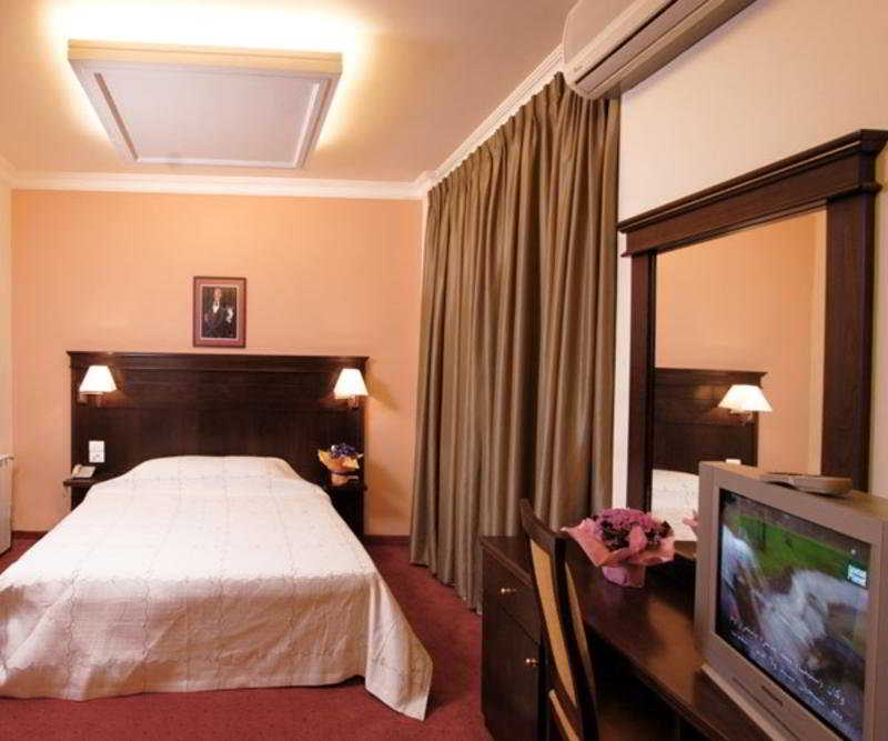 Room (#3 of 7) - Padova Hotel