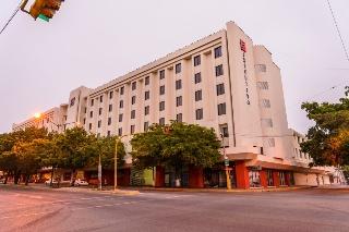 http://www.hotelbeds.com/giata/07/075919/075919a_hb_a_006.jpg