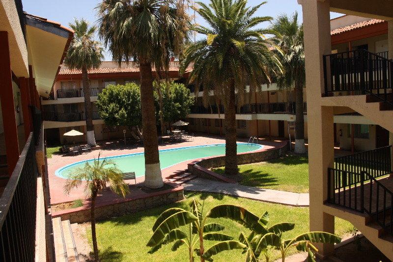 Hotel bugambilia hermosillo en hermosillo desde 32 rumbo for Albercas portatiles en hermosillo