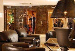 http://www.hotelbeds.com/giata/07/078690/078690a_hb_a_004.jpg