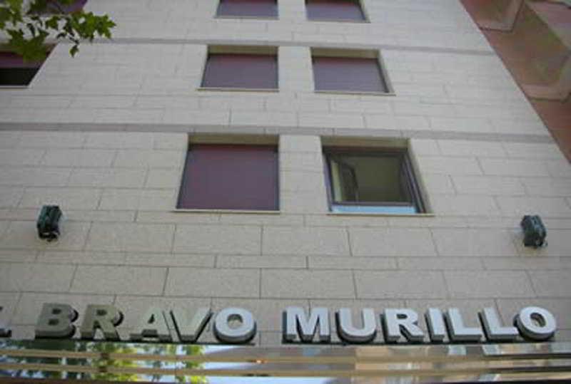 http://www.hotelbeds.com/giata/07/078792/078792a_hb_a_001.jpg