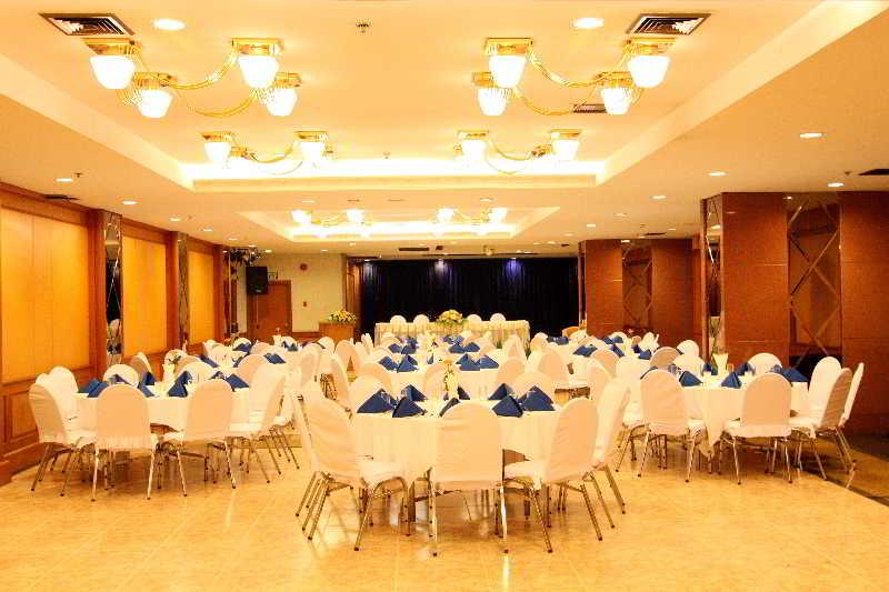 Photo Grand Tower Inn Rama VI 4