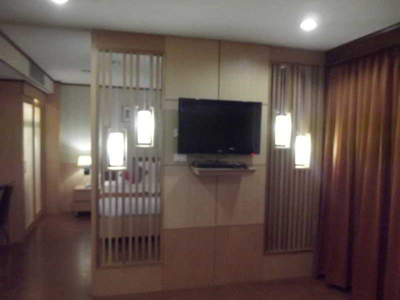 Photo First Hotel Bangkok 5