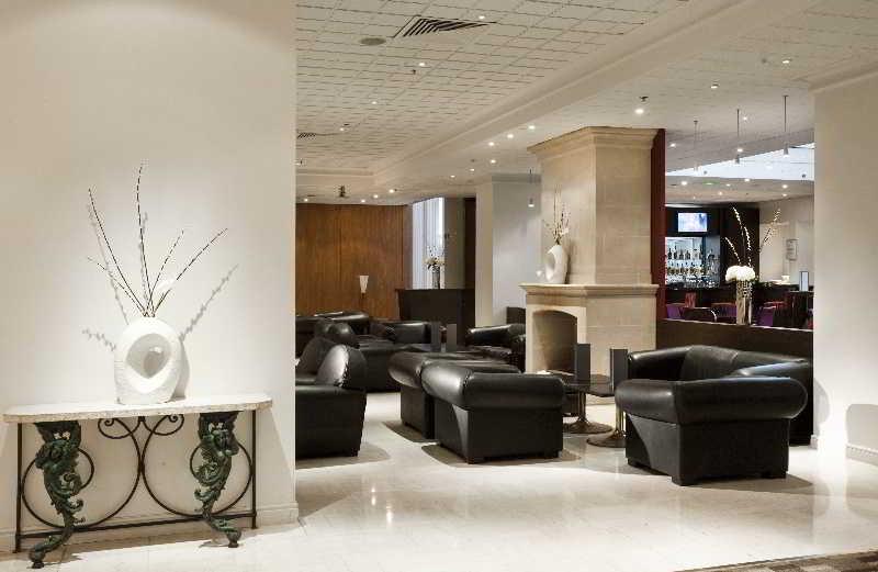 hilton paris orly airport agence de voyages au maroc. Black Bedroom Furniture Sets. Home Design Ideas