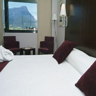 Precios y ofertas de hotel eurostars reina felicia en jaca - Hotel reina felicia jaca ...