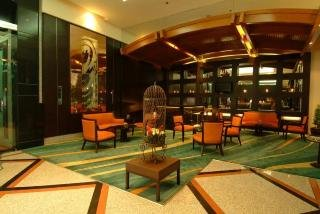Bandara Suite Silom