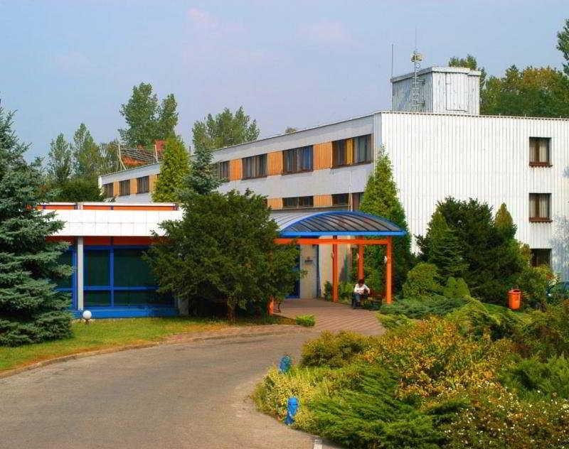 http://www.hotelbeds.com/giata/08/081900/081900a_hb_a_001.jpg