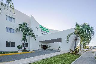 Hotel Holiday Inn Express Playacar