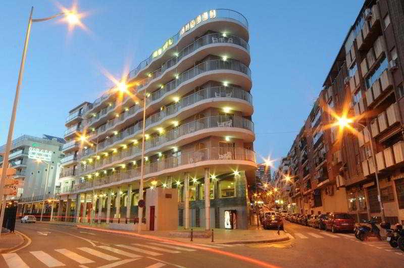 Precios y ofertas de hotel rambla en benidorm costa blanca for Oferta hotel familiar benidorm