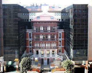hotel Barcel� Oviedo Cervantes en la población de Oviedo