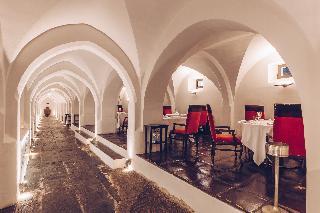 Dormir en Hotel Convento Do Espinheiro & Spa en Evora