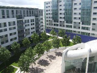 http://www.hotelbeds.com/giata/08/085077/085077a_hb_a_001.jpg
