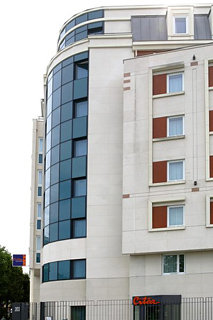 http://www.hotelbeds.com/giata/08/085660/085660a_hb_a_002.jpg