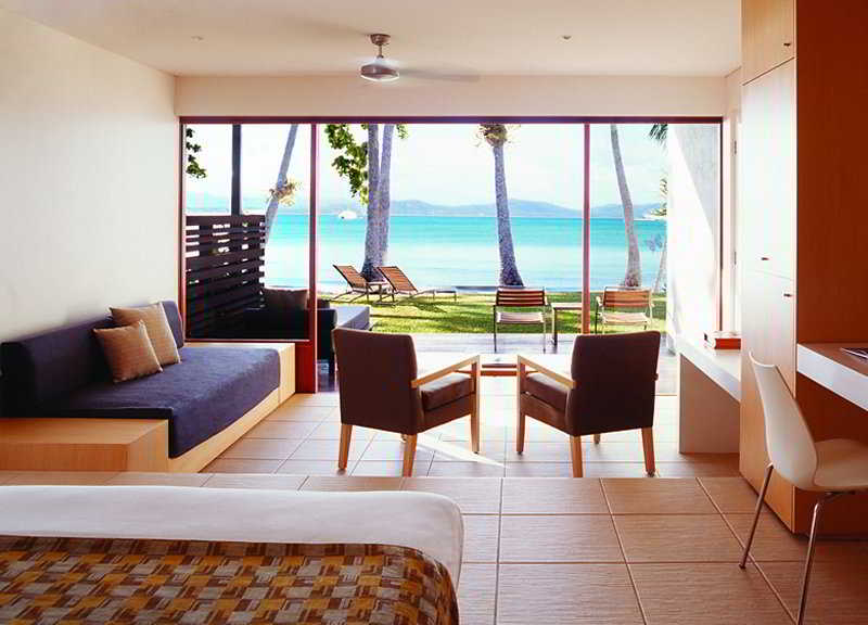 Hotel Dunk Island Resort